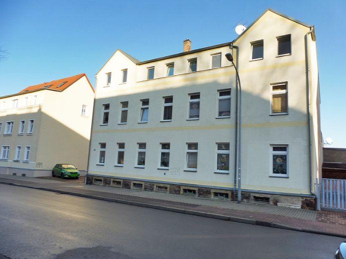 Mehrfamilienhaus mit 7 Wohneinheiten in Döbeln