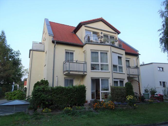 Schicke 3-Zimmer-Wohnung in Kleinzschachwitz mit TG-Stellplatz
