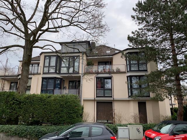 Hochwertige  Dachgeschosswohnung mit Flair