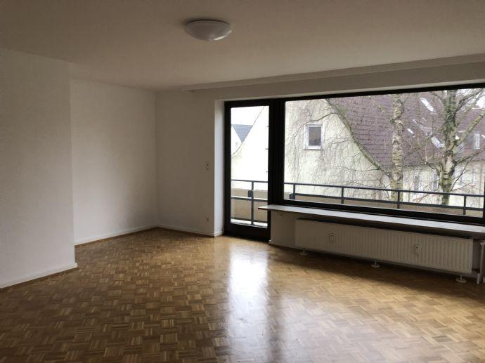 Große 2-Zimmer-Wohnung in Wedel