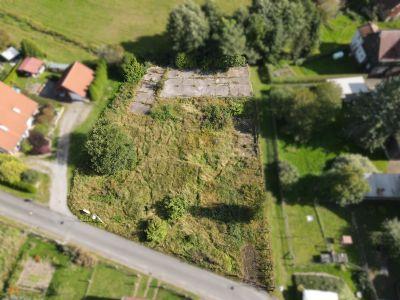 Landleben pur und viel Platz für einen eigenen kleinen Bauernhof!