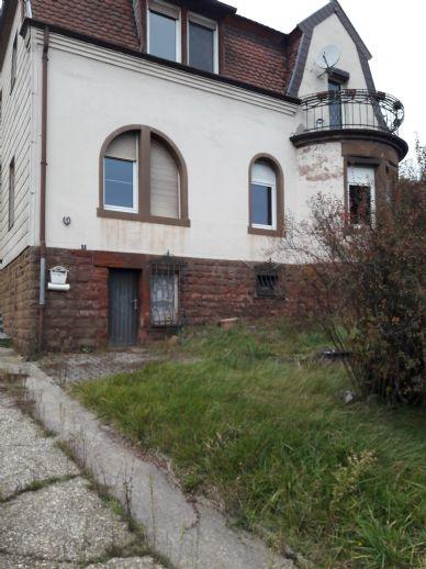 Stilvoles Wohnhaus in Höhröschen zu verkaufen !