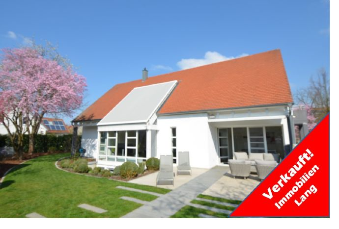 VERKAUFT ! Architektenhaus mit Designküche,2 Bädern, 2 Wintergärten, Waldrandlage Rgbg. Uninähe
