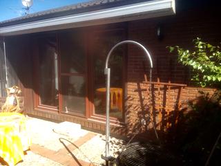 Gemauerter Fassadeneil (zur Terrasse)