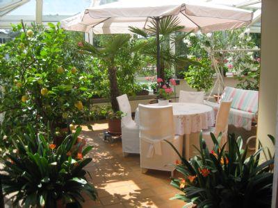 Bild 8 Wintergarten mit Exoten