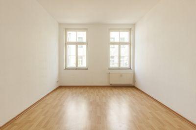 **Sonnige Wohnung 1 Raumwohnung in Dölitz-Dösen**