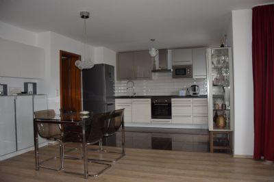 von privat sch ne 3 zimmer wohnung in s flingen. Black Bedroom Furniture Sets. Home Design Ideas