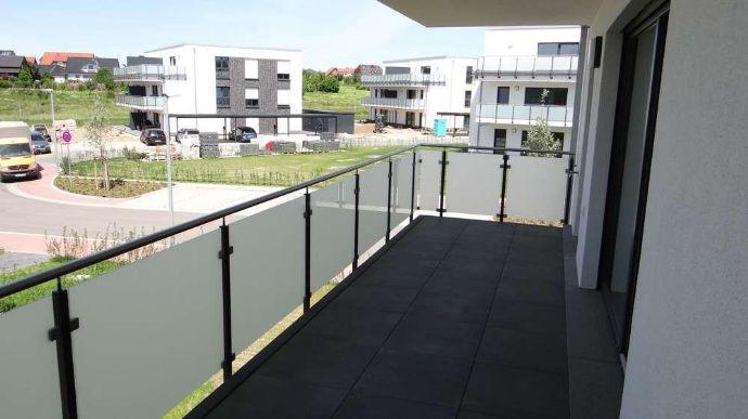 Wohnen in der Belle Etage - Große 4-Zimmer  Neubauwohnung mit Sonnenbalkon - Sofortbezug möglich !