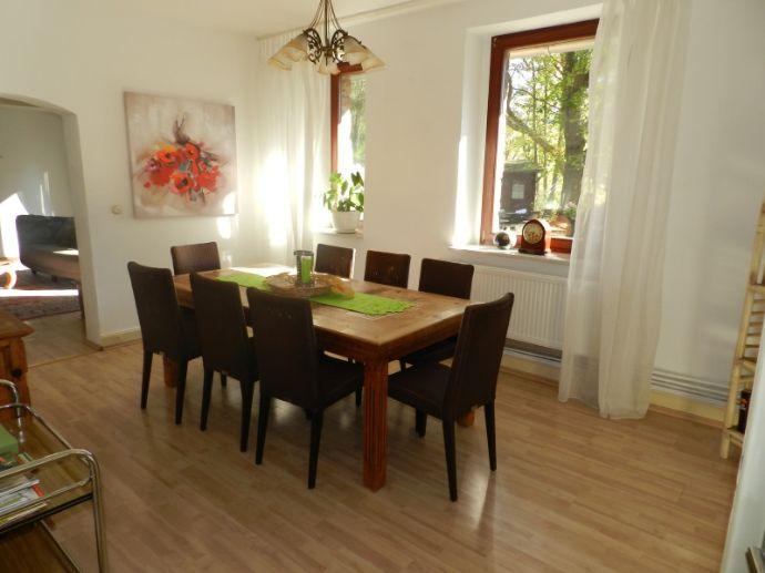 Ein Stück Freiheit ! historische Villa plus Ferienhaus in Alleinlage, Nähe Schleiden-Ortsmitte !