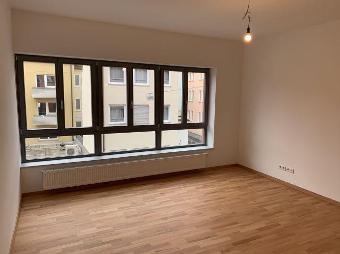 ***Neubau helle 4 Zimmerwohnung im Herzen Nürnberg mit Dachterrasse***