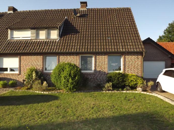 Ansprechende DHH in sehr ruhiger, citynaher Lage von Südlohn-Oeding mit 705 m² Gartenparadies...