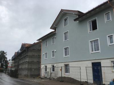 3 Zi. DG Wohnung Neubau, Erstbezug im Herzen von Poing