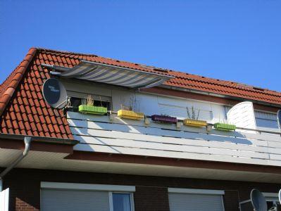sch ne 3 zkb mit balkon in zentraler lage wohnung. Black Bedroom Furniture Sets. Home Design Ideas