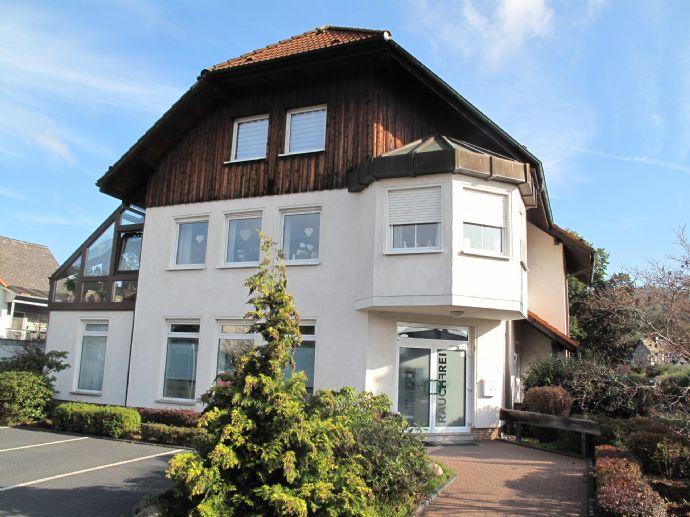 Attraktives Wohn- und Geschäftshaus mit Hallenflächen in Biedenkopf-Eckelshausen