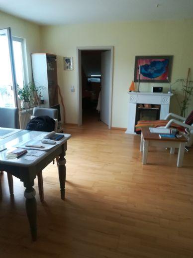 Ganz oben: Helle 2 1/2-Zimmer-Eigentumswohnung in Herrenhausen-Stöcken