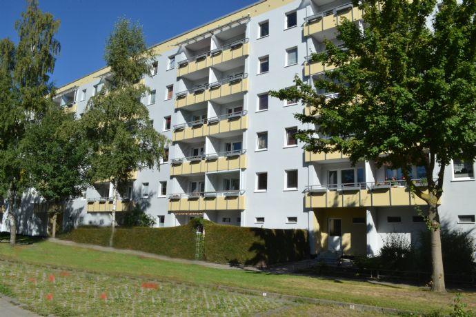 3 Zimmer mit Südbalkon