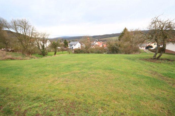 Schönes Baugrundstück (Wohngebiet), in gut erreichbarer, ruhiger Lage von Waldkappel-Bischhausen