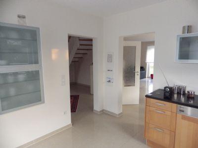 Blick von der Küche Richtung Wohnbereich