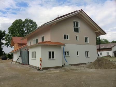 4 Zi-Neubau-Whg mit riesen Galerie - bürogeeignet, ruhige, ländliche Lage