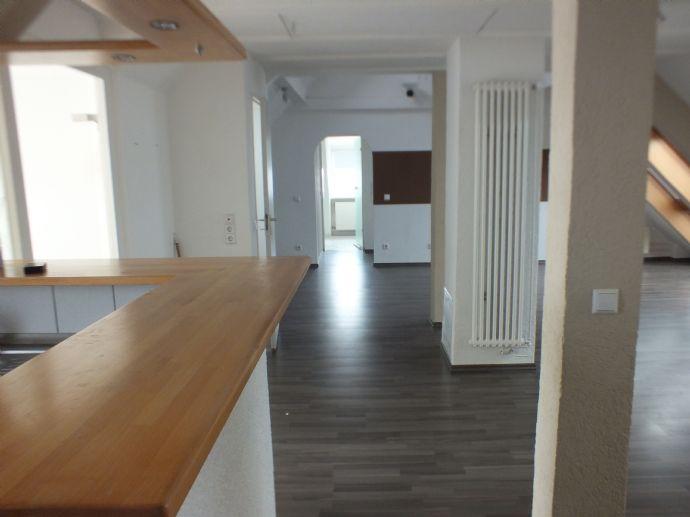 Moderne 3,5-Zimmer-Dachgeschosswohnung