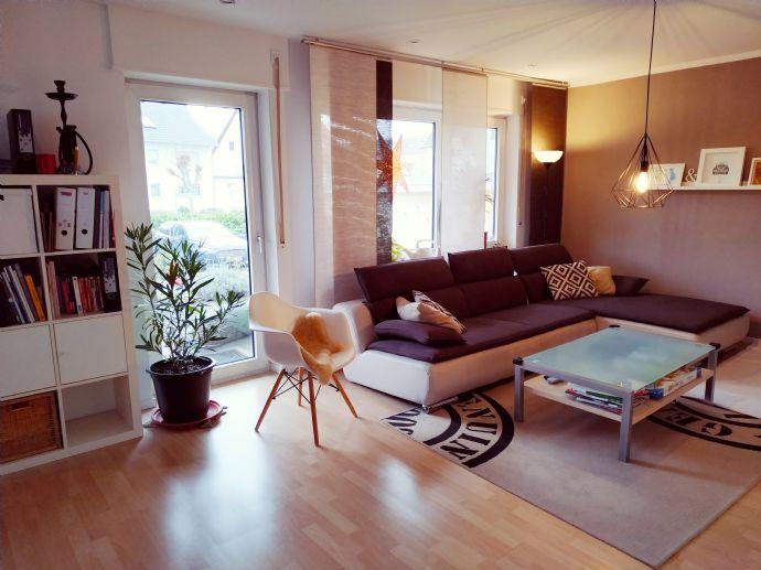 Schöne 3,5-Zimmer-Wohnung in Pfungstadt - Erstbezug n. Sanierung mit EBK u. 2 Balkonen