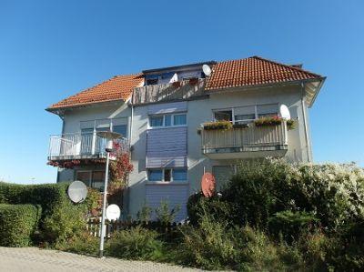 2 zimmer neubauwohnung balkon und stellplatz queis halle saale kreis wohnung landsberg. Black Bedroom Furniture Sets. Home Design Ideas