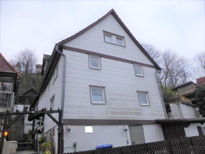 ***Zwei - Dreifamilienhaus mit Blick über ganz Gudensberg zu verkaufen ***