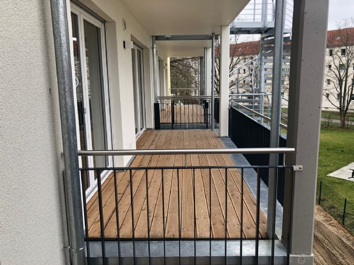 Deine top luxuriöse NB-Whg. - absolut ruhig - Balkon-Aufzug-Fussbodenheizung ...