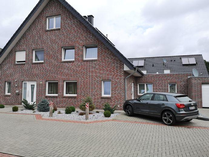 Großes Einfamilienhaus mit Ausbaureserven und Einliegerwohnung