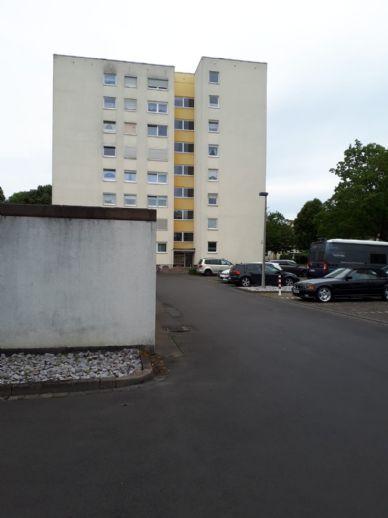 Provisionsfreie 3-Zimmer-Wohnung im 1. OG in Baunatal Altenbauna mit Garage Aufzug und Behindertengerecht