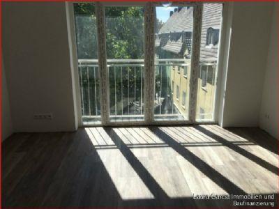 wg geeignete 2 zi wohnung mit balkon und fu bodenheizung wohnung aachen 2d8vw4e. Black Bedroom Furniture Sets. Home Design Ideas