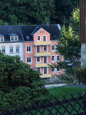 Nach Sanierung 4-Raum-Dachgeschosswohnung mit Balkon zu vermieten
