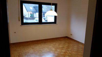 sch nebeck 2 raum wohnung mit balkon und garten wohnung essen 2cgca4y. Black Bedroom Furniture Sets. Home Design Ideas