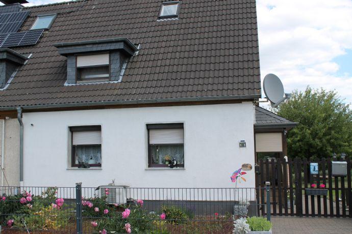 *** Gepflegtes Einfamilienhaus mit unverbauten Blick ins Grüne in ruhiger Lage von Rösrath ***