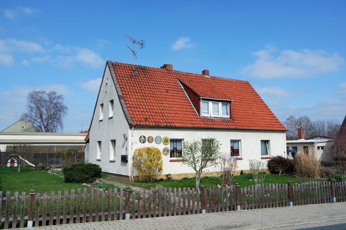 Einfamilienhaus mit viel Potential in ruhiger Lage