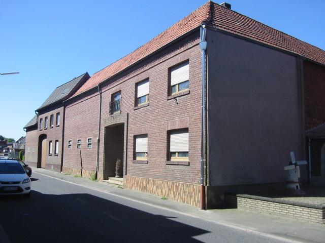 Vierkanthof mit separatem Baugrundstück