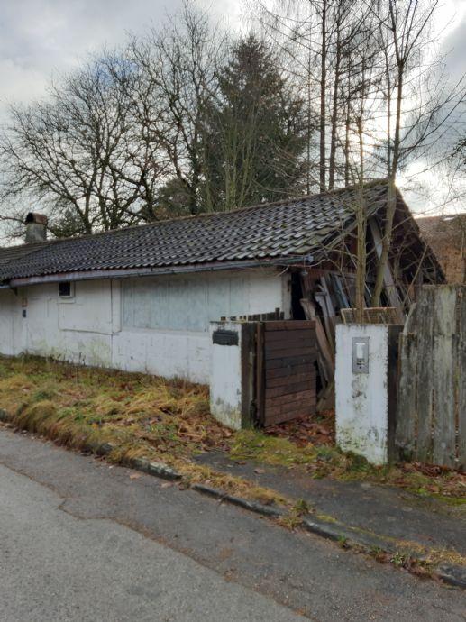 IDEAL - für Bauträger oder Bauherren - SEHR GUTE RUHIGE LAGE ! Strasslach - Hailafing- in Buchenstr. - ca . 1441,5 m²