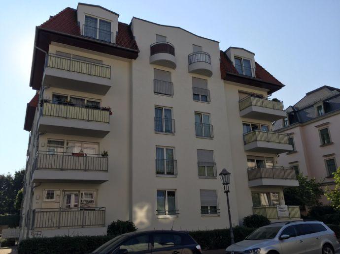 2 zimmer wohnung mit balkon in striesen etagenwohnung dresden 2bjtn4c. Black Bedroom Furniture Sets. Home Design Ideas