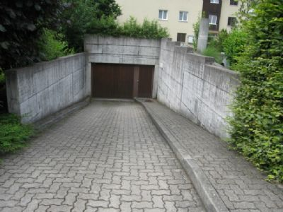 Fehraltorf Garage, Fehraltorf Stellplatz