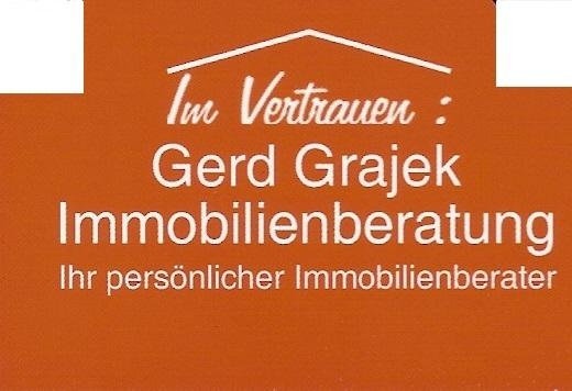 Einfamilienhäuser und Eigentumswohnungen, Baugrundstücke