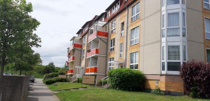 Helle 1,5 Raum Wohnung mit Erkerzimmer (WE83)