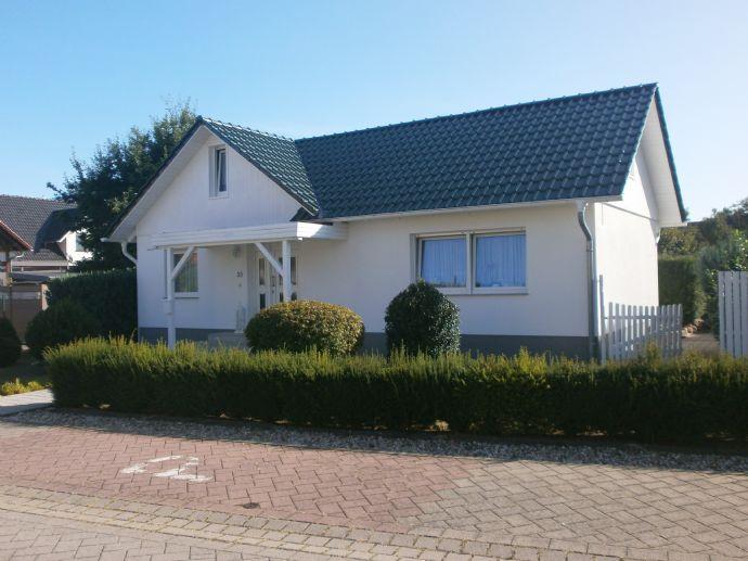 Modernes Einfamilienhaus im Bungalowstil !