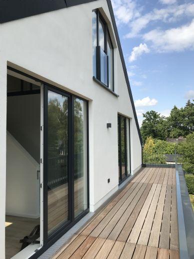Helle 3,5 Zi-Neubau-DachgeschossMaisonnette-Wohnung zu vermieten! Offene Galerie
