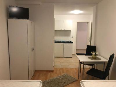 Erstbezug !!! Möblierte Wohnung im beliebten Mögeldorf inkl. TV , WiFi !