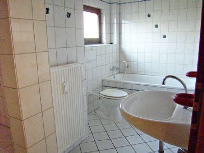 Angenehm, Bad mit Fenster