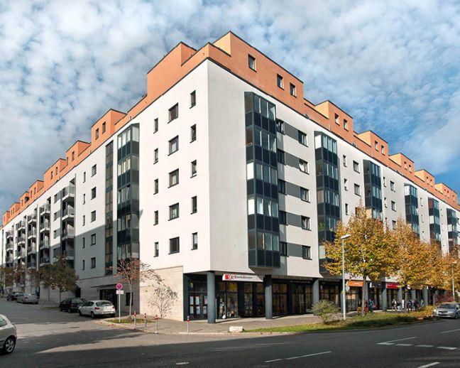 Teilmöbilierte 2 Zi. Wohnung mit Balkon und TG-Stellplatz Stuttgart Nord