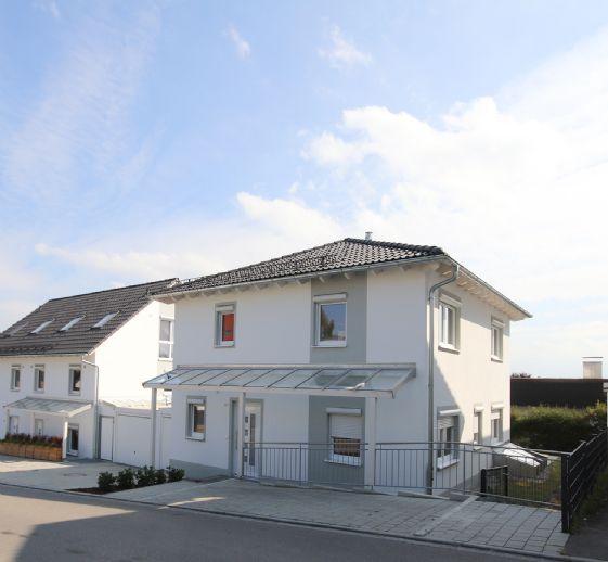 Bezugsfertig: Einfamilienhaus mit Fern- und Bergblick in Aufkirchen