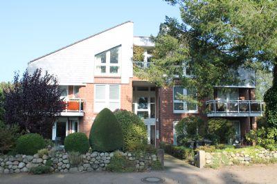 Volksdorf... elegante 3- Zimmer Komfort Wohnung mit Terrasse in ruhiger Toplage !