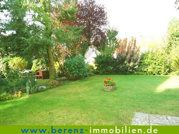Schöne, helle Einliegerwohnung mit Gartennutzung + Einbauküche, gehobenene Wohnlage in Lützelsachsen