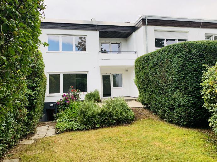 Komplett renoviertes Haus mit optimaler Aufteilung in Bad Homburg Dornholzhausen